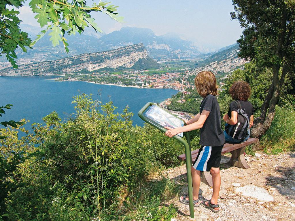 Aussichtstafeln Panoramaweg Bussate©Marcus und Rosemarie Stöckl