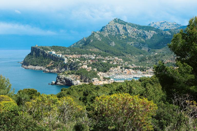 Mallorcas Wanderhauptstadt Port de Sóller / Rother Wanderführer © Foto: Rolf Goetz