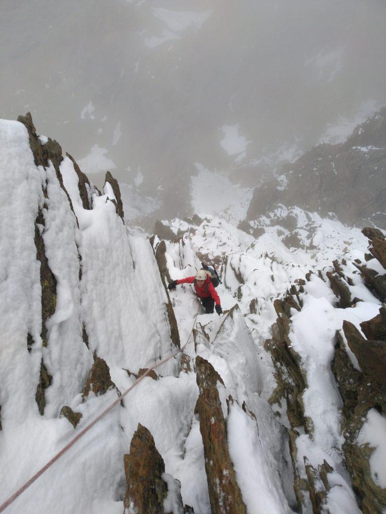 herbstliche Verhältnisse beim Aufstieg zum Monviso, Monte Viso, Cottische Alpen, Piemont, Italien