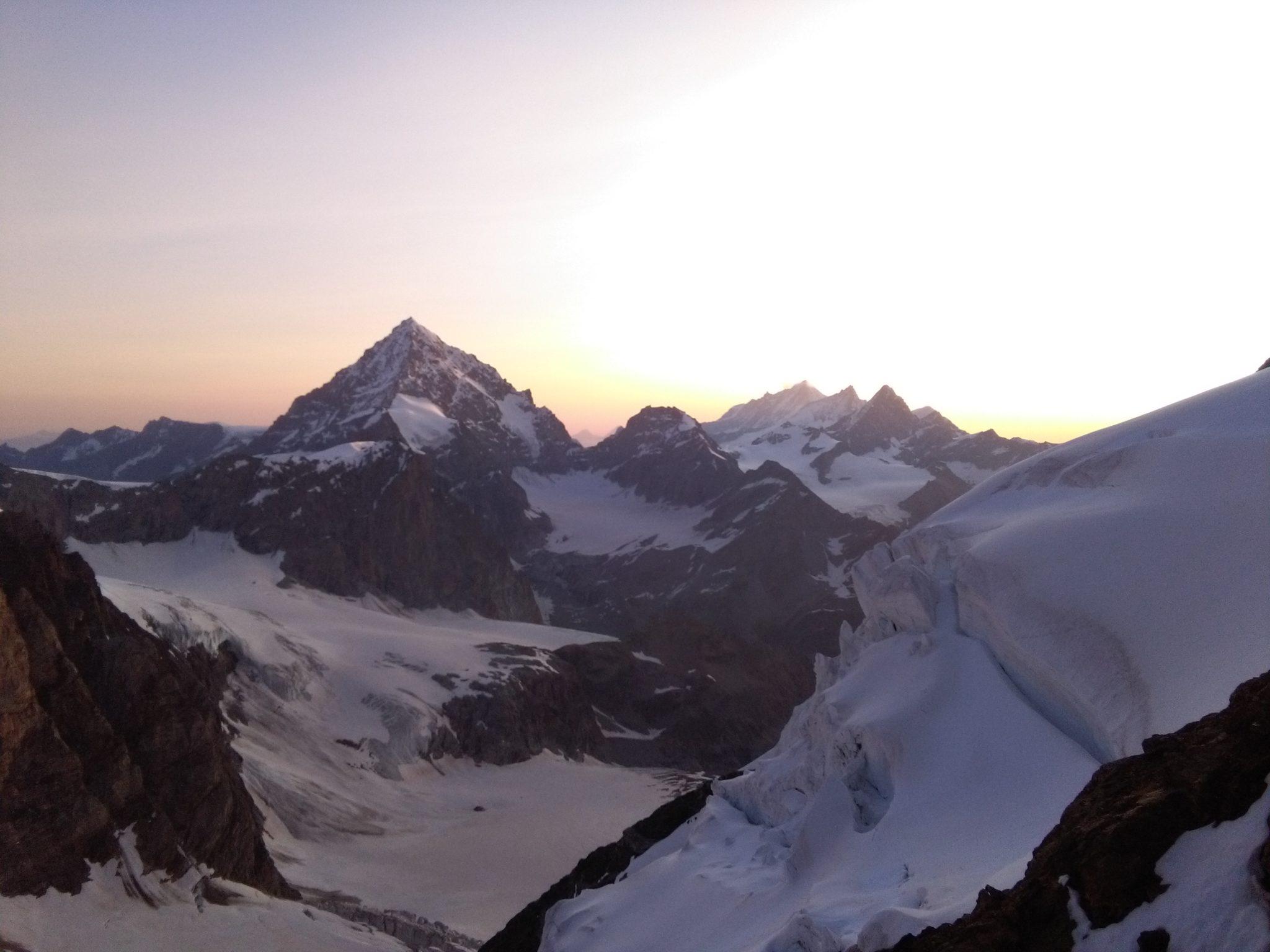 Aufstieg zur Dent d'Hérens, Blick auf die Dent Blanche, Aostatal, Wallis, Viertausender, Hochtour